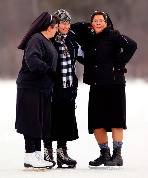 Ice Skating Nuns Green Bay Photographer 2