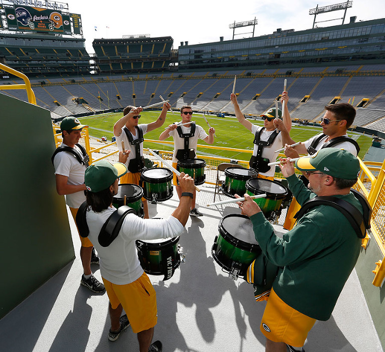 The Green Bay Packers Tundra Line warms up before the game.