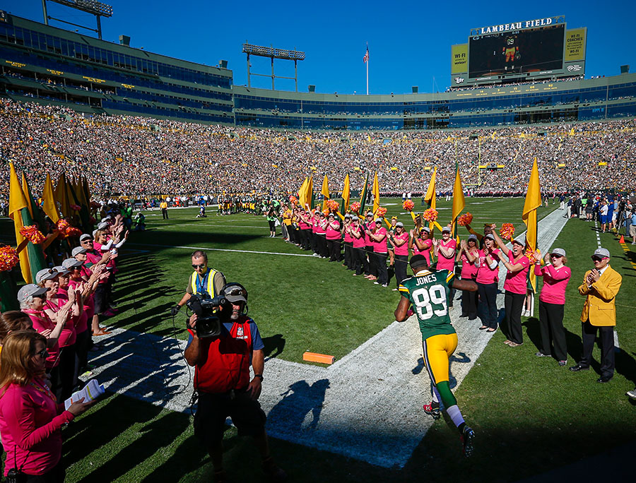 Green Bay Packers wide receiver James Jones takes the field during player introductions.