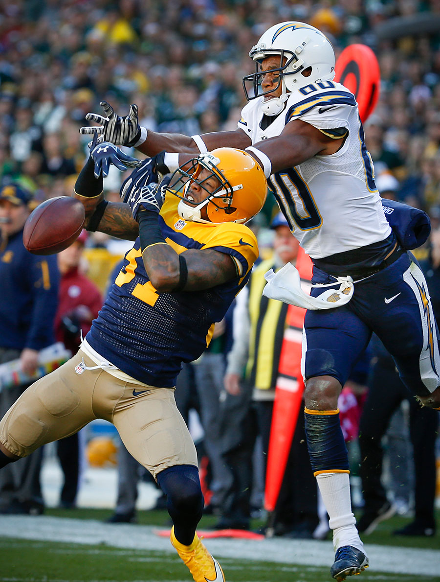 Green Bay Packers cornerback Sam Shields breaks up a pass intended for San Diego Chargers wide receiver Malcom Floyd in the end zone.