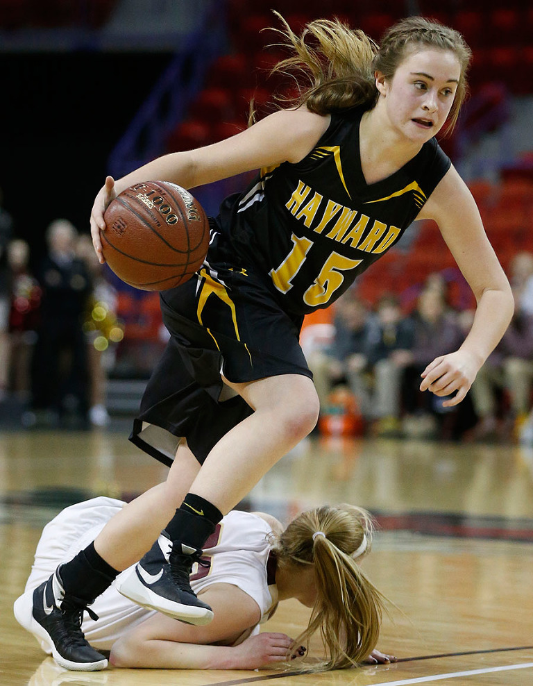 Hayward's Trinity Myer goes past Edgewood's Caitlin Link during the second half of their Division 3 semifinals.