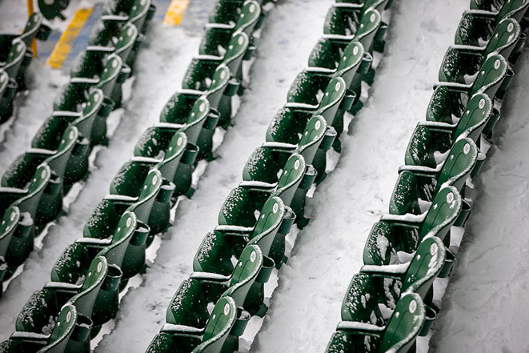 before an NFL football game Sunday, Dec. 11, 2016, in Green Bay, Wis. (AP Photo/Mike Roemer)