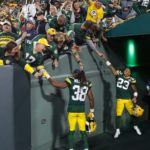 20 Packers Fans Tunnel Celebration