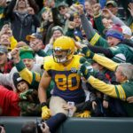 105 Packers Jimmy Graham touchdown Lambeau Leap