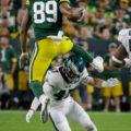 04 Packers Marcedes Lewis hurdles